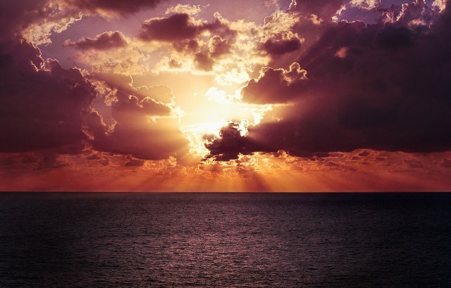Puesta de sol en Monterrico