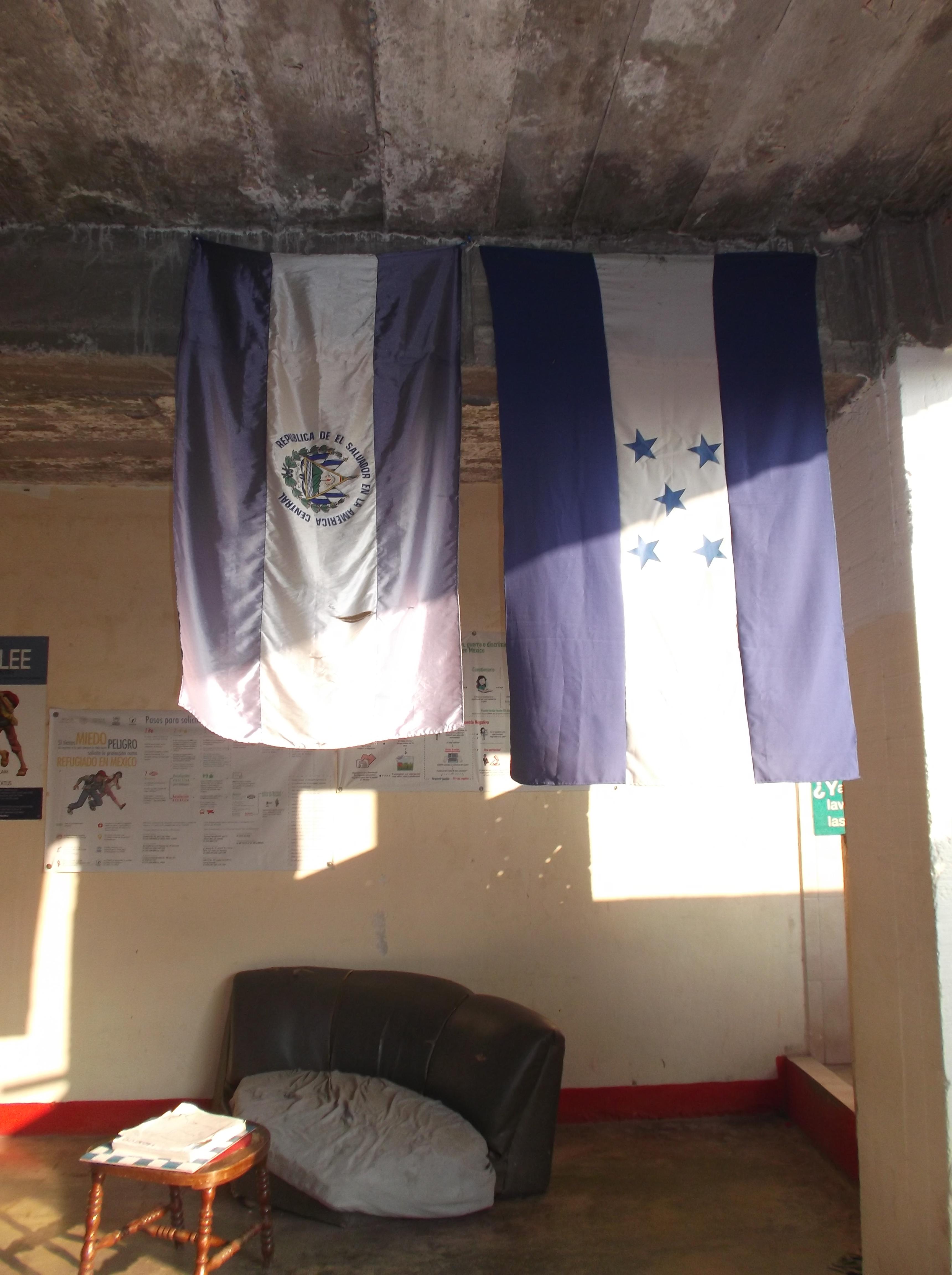 """Banderas centroamericanas en la """"casa de migrantes"""" - MIGRACIÓN"""
