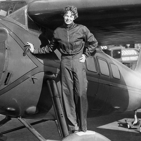 amelia-earhart - mujeres que viajan solas