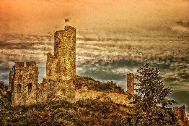 Paisajes de la Edad Media Europea